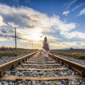 cropped-rail-2803725__340.jpg