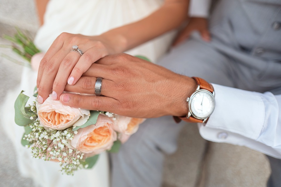 bride-1837148_960_720